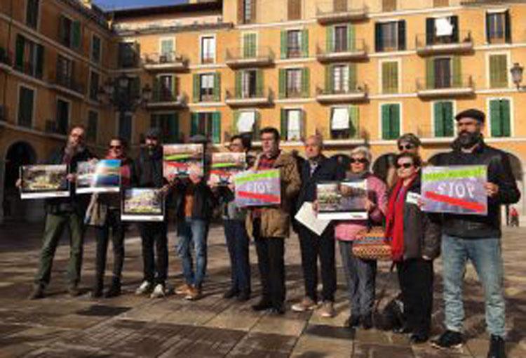 Es presenta el Manifest pel rescat de la plaça Major de Palma