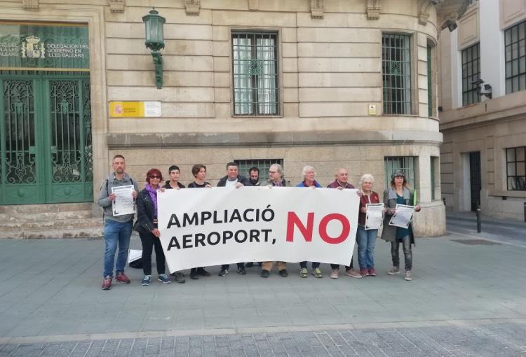 Contra l'ampliació de l'aeroport de Palma